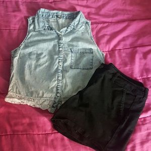 (5 for $25) Charlotte russe chambray top